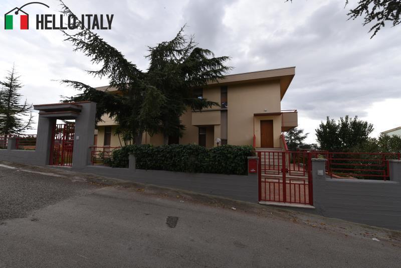 Villa bifamiliare vicinanze asl - Richiesta letto ortopedico asl ...