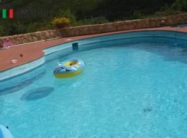 Villa à vendre à Trinità d Agultu e Vignola (Sardaigne)