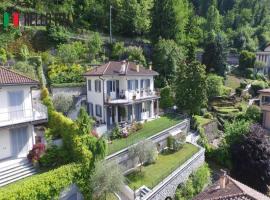 Villa en venta a  Faggeto Lario (Lombardía)
