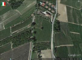 vingård till salu i Verduno (Piedmont)