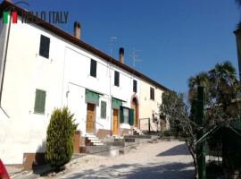 Townhouse for sale in Montecarotto (Marche)