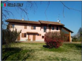 Villa en venta a  Ottobiano (Lombardía)