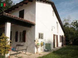 Villa en venta a  Mombaruzzo (Piemonte)