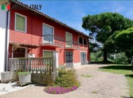 Villa en venta a  Cantarana (Piemonte)