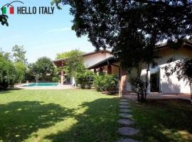 Villa en venta a  Curtatone (Lombardía)