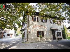 Cabana en venta a  Cremella (Lombardía)