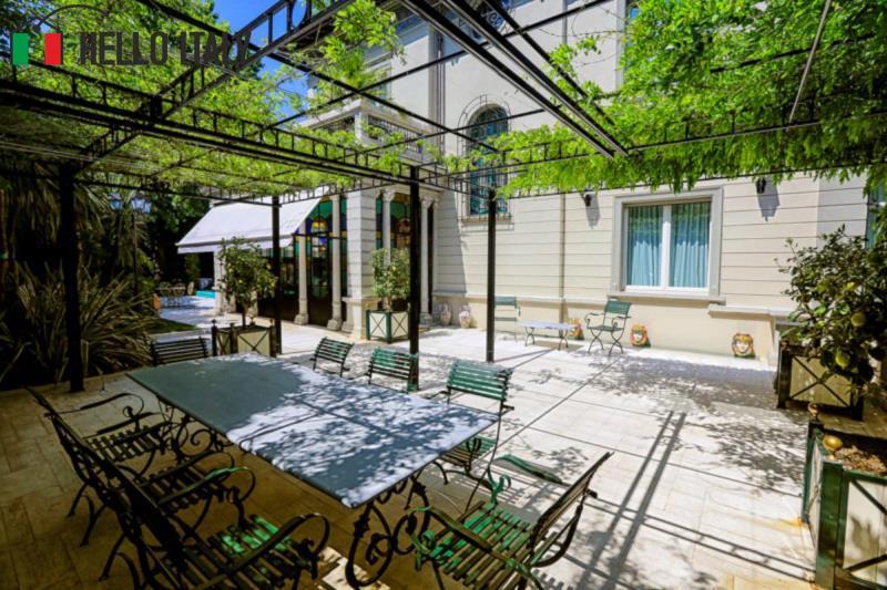Villa liberty con piscina - Liberty piscina cagliari ...