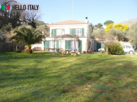 Villa for sale in Ceriale (Liguria)
