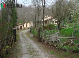 Villa for sale in Piancastagnaio (Tuscany)