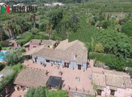 Villa for sale in Santa Venerina (Sicily)